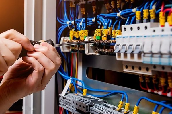 Electrical Practical Course on www.mrzidan.com
